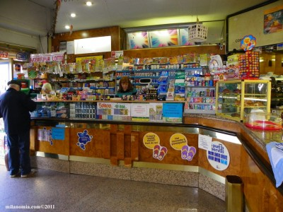 Siracusa in tabaccheria il pagamento dei pasti nelle for Giornali di arredamento