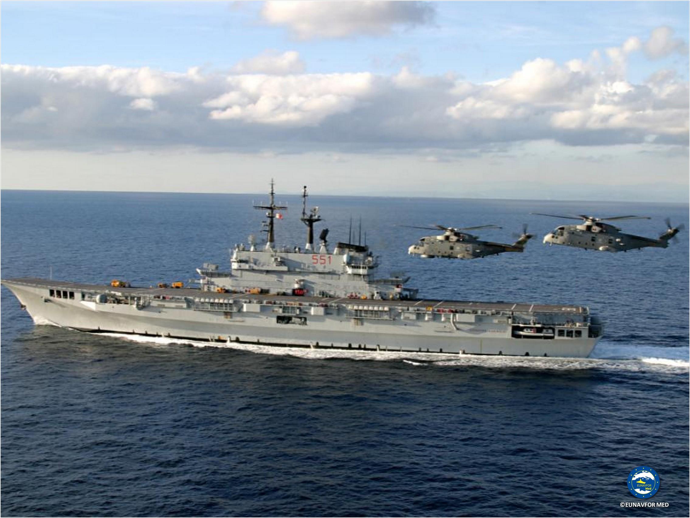 Operazione eunavformed la portaeromobili garibaldi - Nave portaerei ...