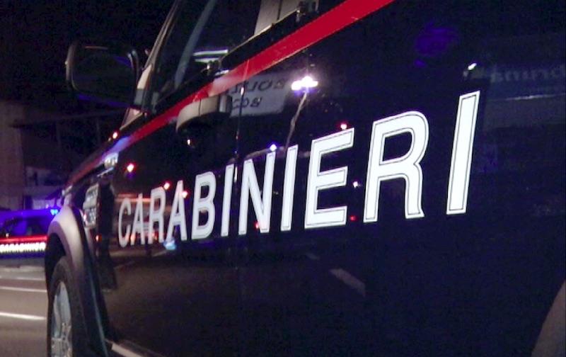 Offriva online incontri hard con la moglie, arrestato a Catania 51enne siracusano