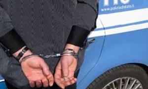 polizia-arresto-manette