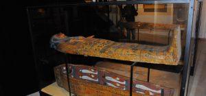 """Siracusa, inaugurata la mostra """"La porta dei Sacerdoti. I sarcofagi del nascondiglio di Deir el Bahari"""""""