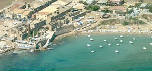 Avola, spiagge libere a prova di app per il distanziamento