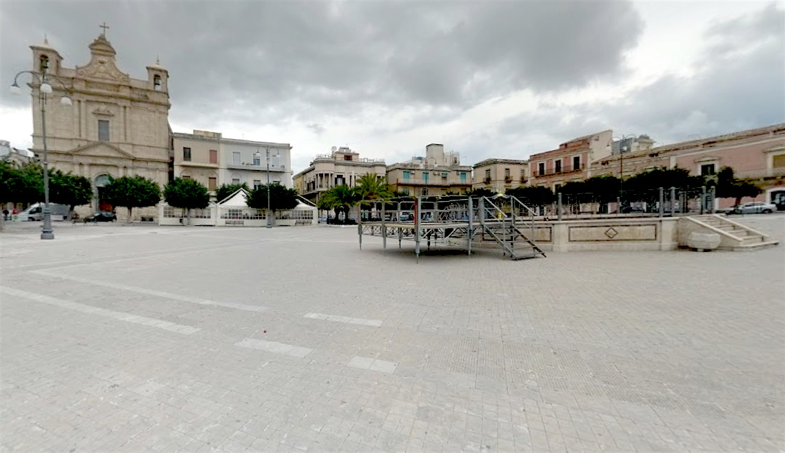 Pachino, rissa tra extracomunitari in piazza Vittorio Emanuele