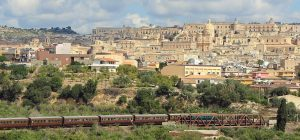 """Siracusa, domenica 9 settembre parte il """"Treno storico del gusto"""". Destinazione Modica"""
