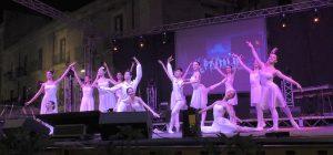 Siracusa, Feste Archimedee stasera al gran finale. Ieri pienone per lo spettacolo tra danza e musica