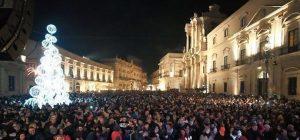 Siracusa, per il Capodanno in piazza Duomo ci pensa il Comune. Brindisi con musica commerciale e latino americana
