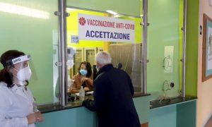 Siracusa, partita vaccinazione Covid per ultraottantenni. In provincia 280 al giorno, 7 mila i prenotati
